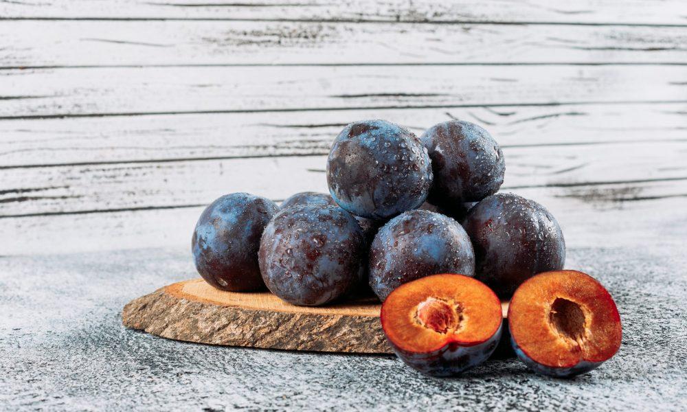 fresh plums online